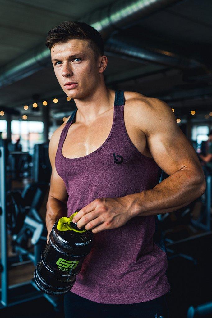 Fitnessmodel: Felix Valentino